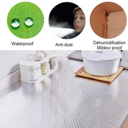 (BUNDLE SET OF 3) 100x40cm Anti Oil Waterproof Aluminum Film Self Adhesive Oil Sticker Kitchen Wallpaper